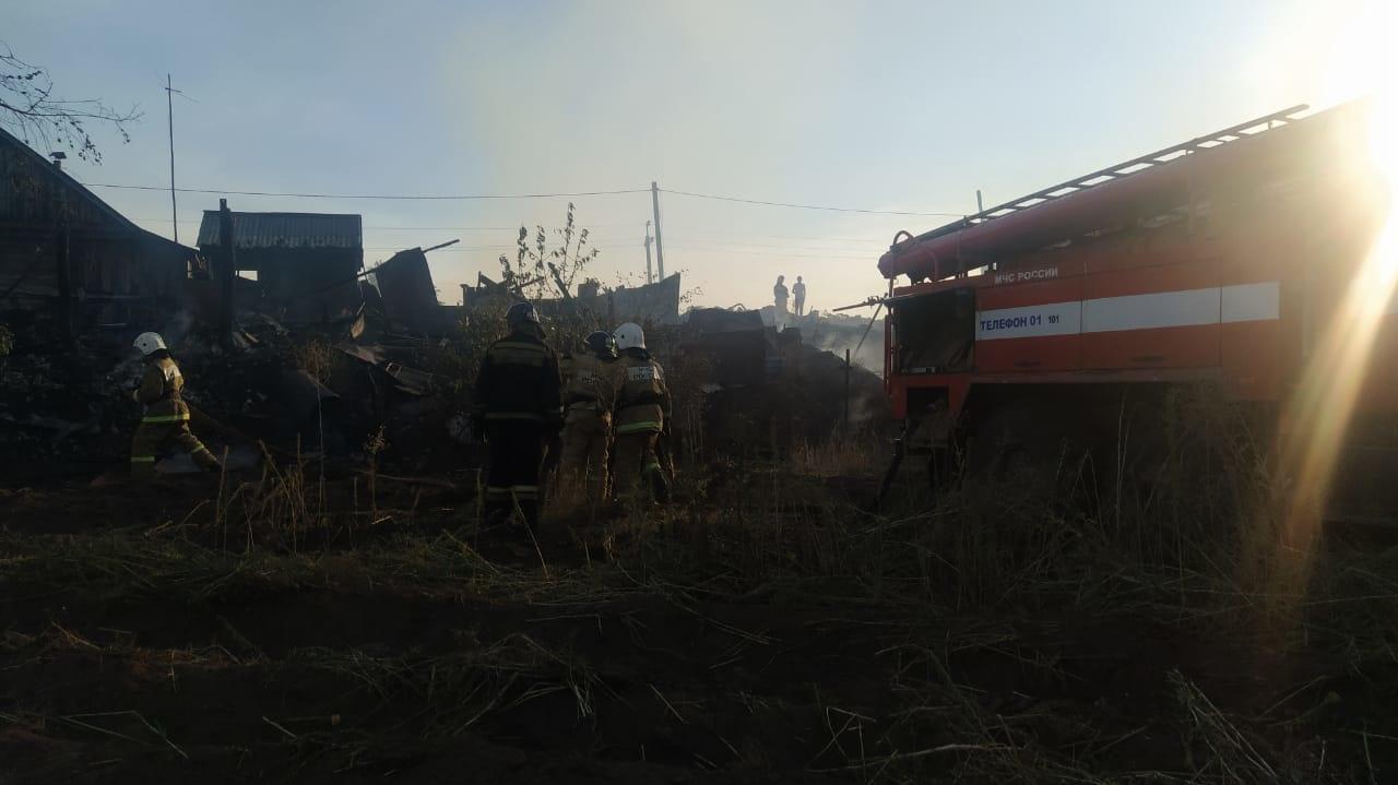 Восемь семей без дома. Погорельцы из Колтубановского получат деньги на жилье