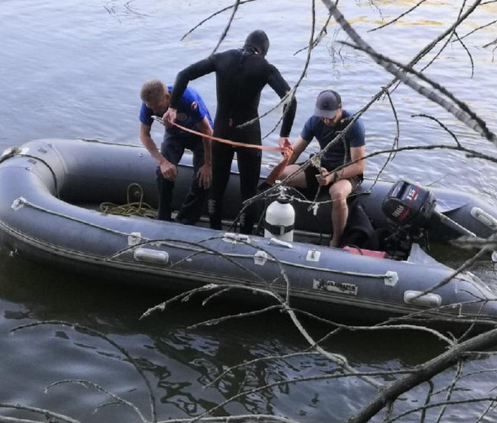 Водолазы вытащили из Сакмары тело 15-летнего школьника