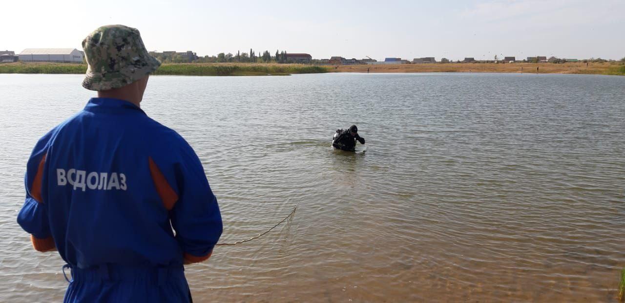 В Ясном водолазы достали  из озера тело мужчины